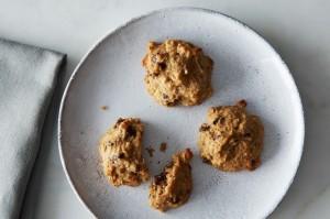 ココナッツとチョコレート入りキヌアクッキー
